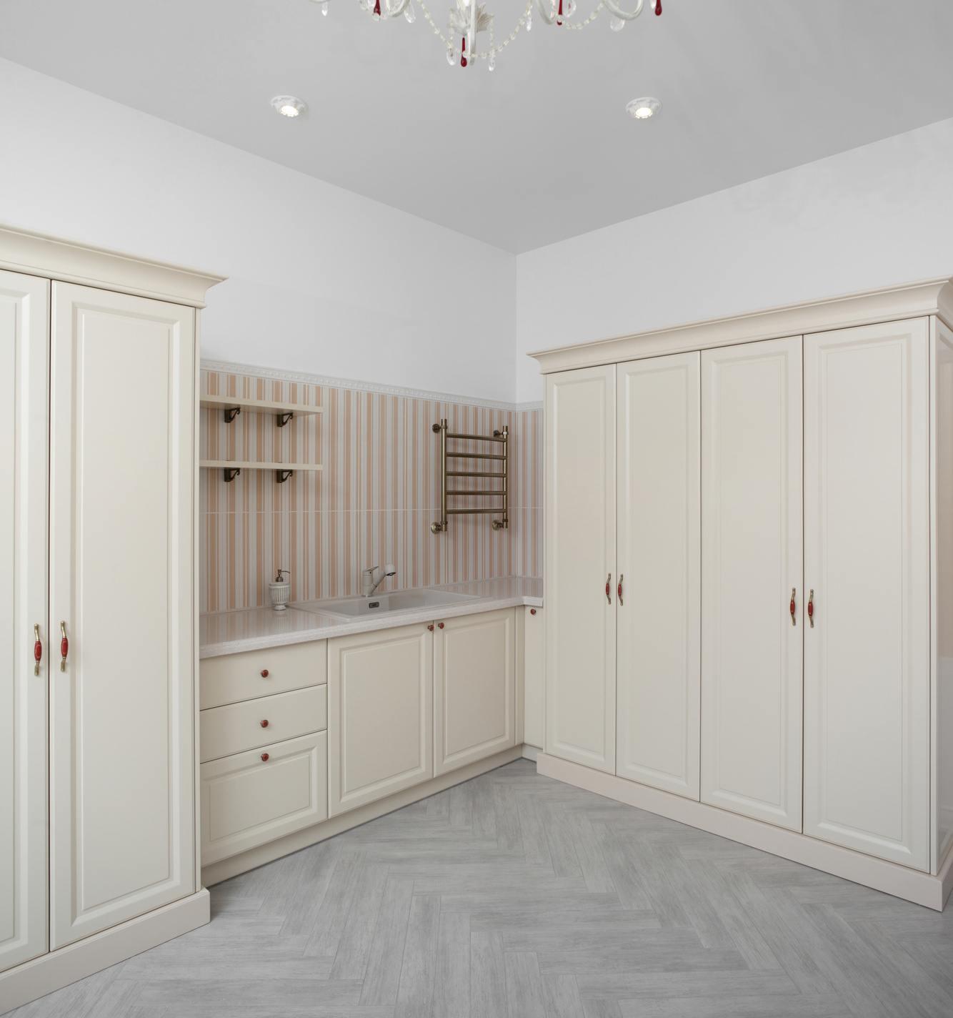 Toronto-Laundry-Room-Cabinets-