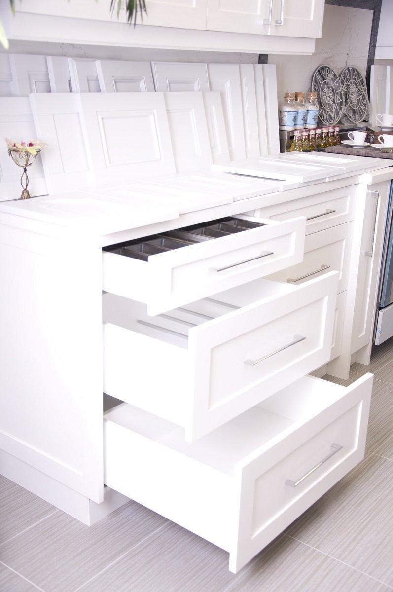 custom-kitchen-cabinet-doors