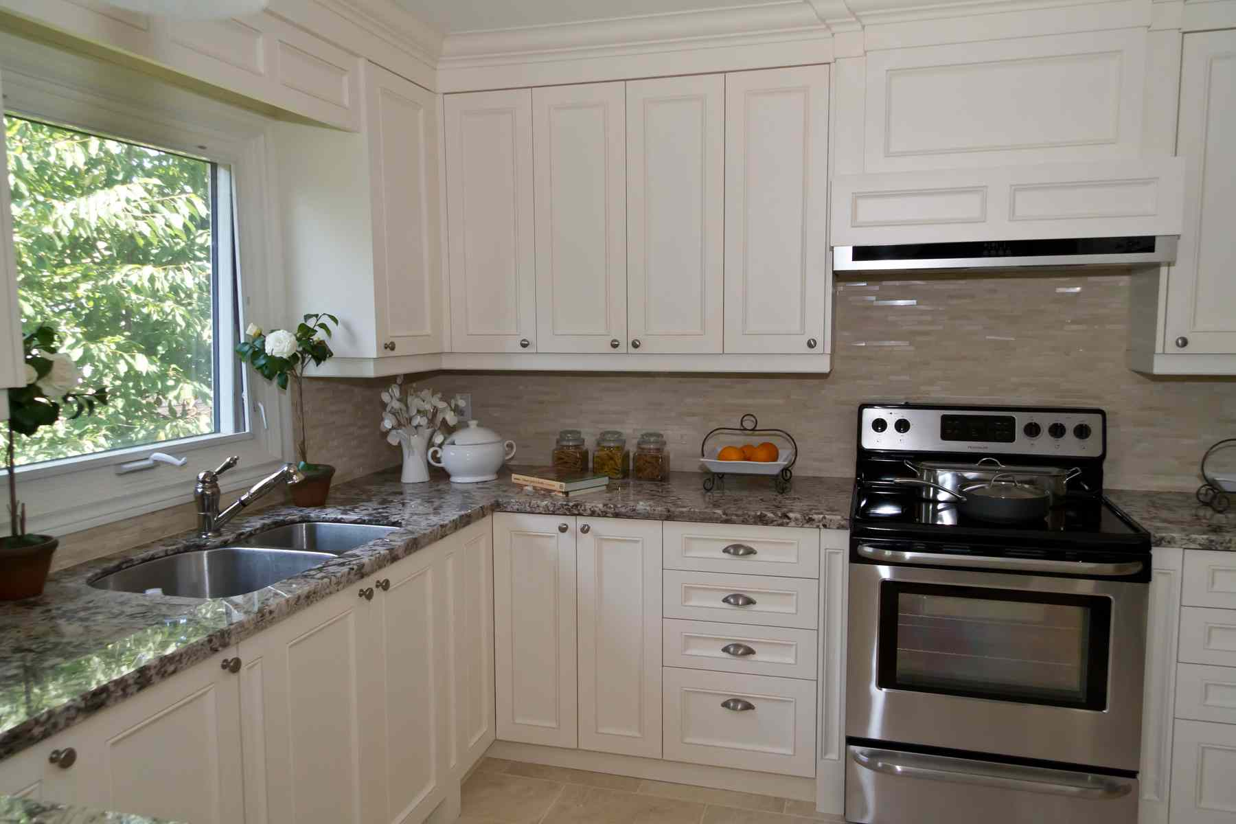 custom-transitional-kitchens-toronto