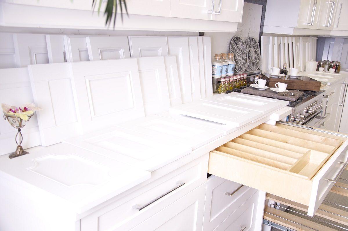 kitchen-cabinet-door